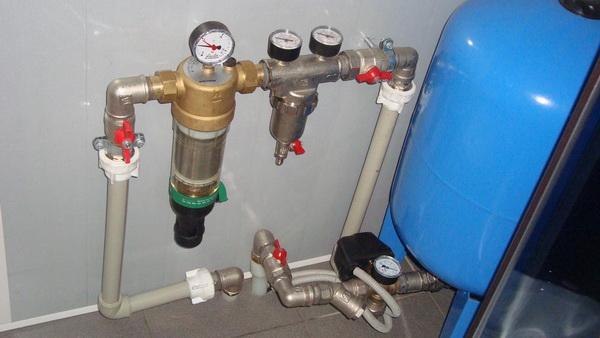 Как провести воду в частный дом из колодца 4